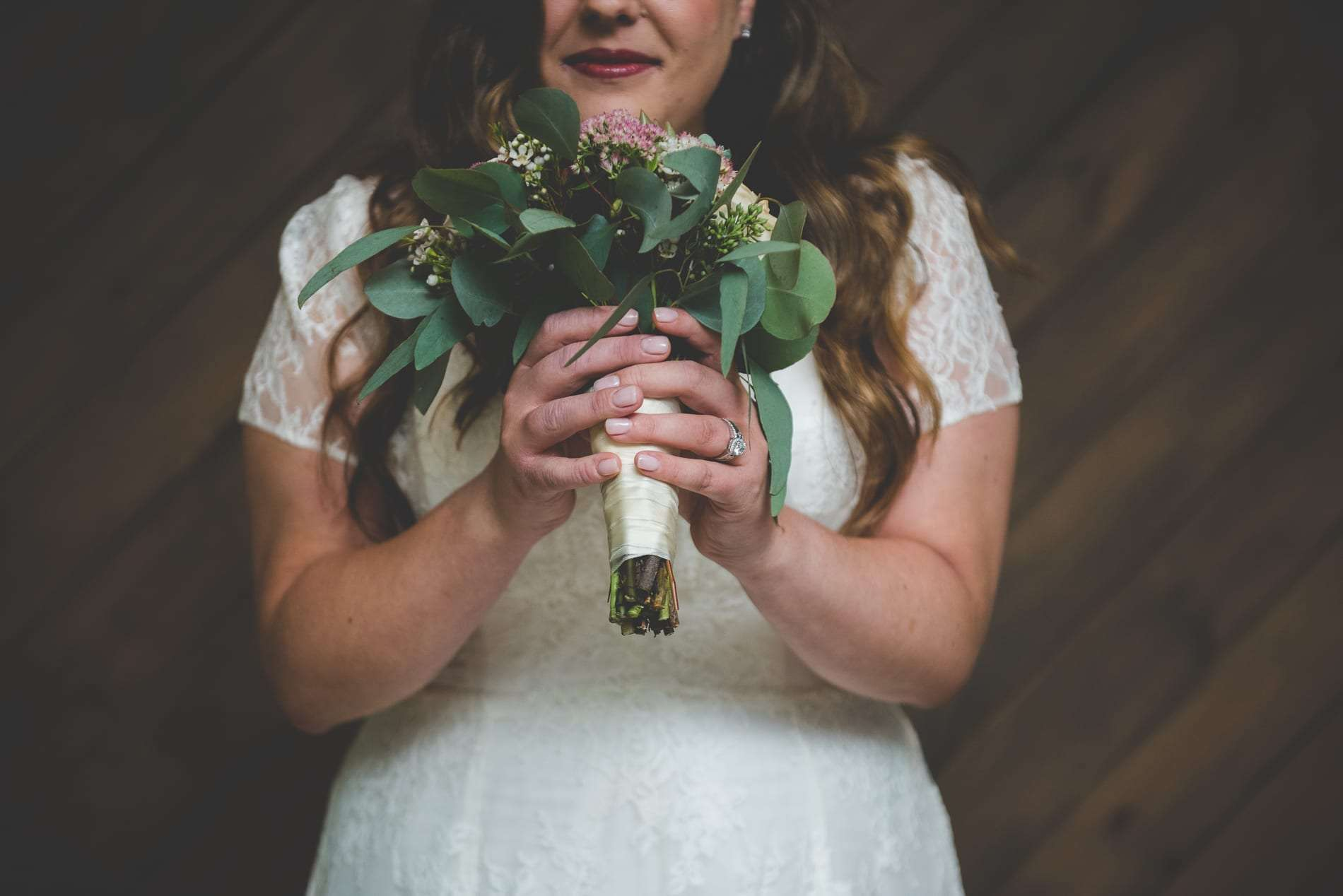 How to Hire the Right Wedding Photographer